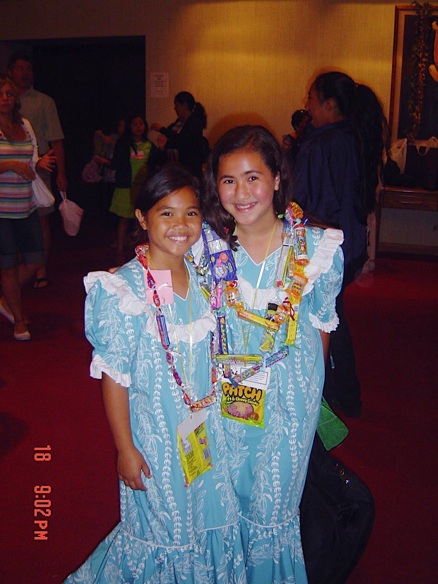 Noelle and Kaiʻolu in fourth grade